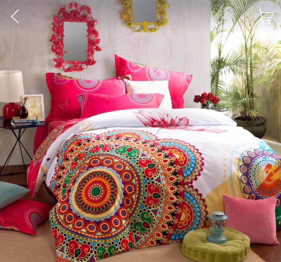 Ropa de cama modelo Mandala multicolor matrimonial